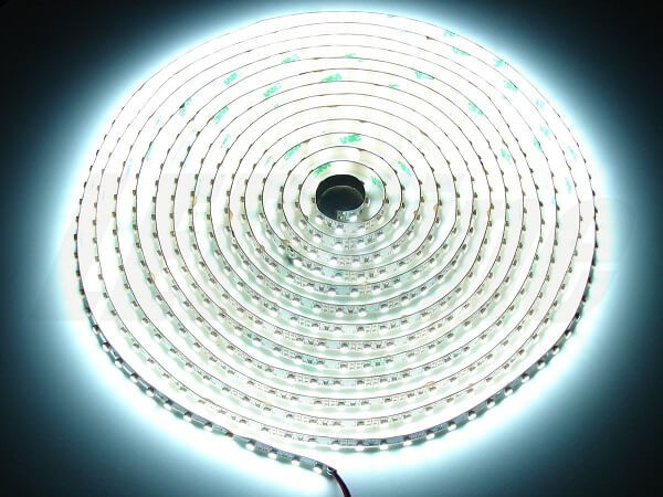 LED strip 12V 120 led's per meter 6500K daglicht wit IP20