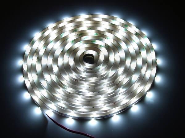 LED strip 12V 30 led's per meter 6500K daglicht wit IP20