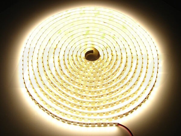 LED strip 12V 120 led's per meter (sterk) 3000K warm wit IP20